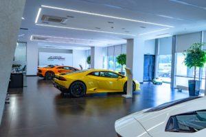 Автосалон Lamborghini