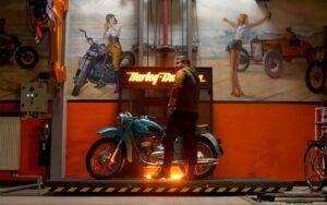 Гидравлический подъемник для мотоцикла
